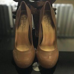 Very cute heels for sale